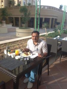 Breakfast at Hilton, Jumeira on day 2.